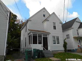 9 Lamont Pl, Rochester, NY 14609