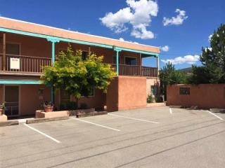 611 Paseo Del Pueblo Norte, Taos NM