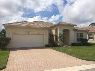 633 SW Long Key Ct, Port Saint Lucie, FL 34986