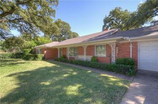 5028 Meadowbrook Dr, Fort Worth, TX 76103