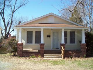 1011 Washington St, Roanoke Rapids, NC 27870