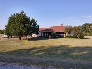 1859 Hollow Way Ln, Quinlan, TX 75474
