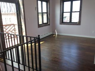 596 3rd St #R, Brooklyn, NY 11215