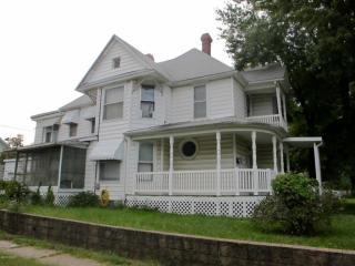 301 S Pearl Ave, Joplin, MO 64801