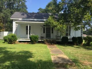 204 Lewis St, Florence, MS 39073