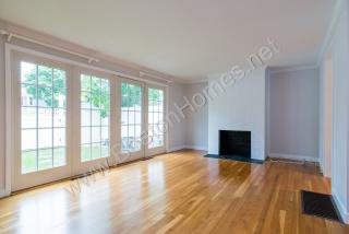 11 Oak St #151, Wellesley, MA 02482