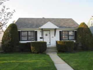 3517 Garfield Ave, Highland, IN 46322