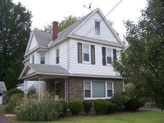38 Eley St, Kingston, PA 18704