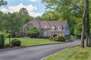 27 Old Farmstead Road, Chester NJ