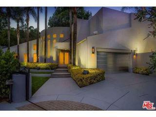4035 Pacheco Dr, Sherman Oaks, CA 91403
