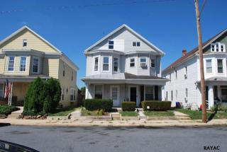 58 S 3rd St, Mount Wolf, PA 17347