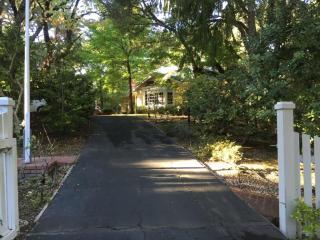 36 Morse Ln, Woodside, CA 94062