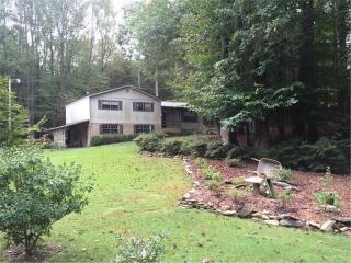 2207 Chestnut Pl, Lithia Springs, GA 30122