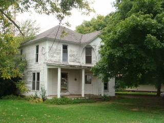114 E Monroe St, Goodland, IN 47948