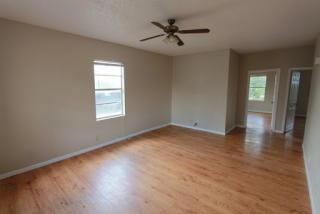 1301 Avenue C #2, Brownwood, TX 76801
