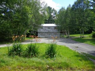 164 Dixfield Rd, Weld, ME 04285