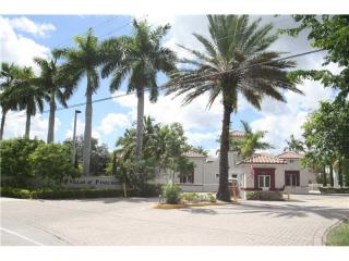 6705 N Kendall Dr #309, Pinecrest, FL 33156