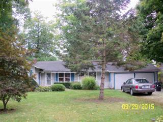 420 Westwood Rd, Goshen, IN 46526