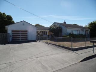 3010 Park St, Eureka, CA 95501