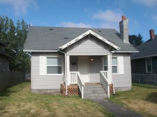 5006 S Prospect St, Tacoma, WA 98409