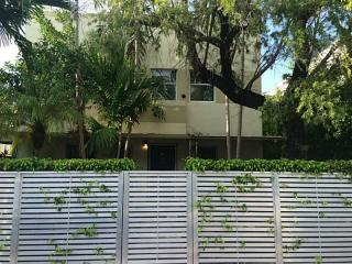 833 West 39th Street #4, Miami FL