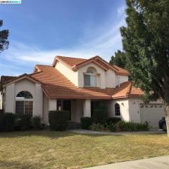825 Nicholas Ct, Brentwood, CA 94513