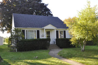 1324 N Linden Ave, Waukegan, IL 60085
