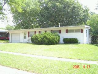 620 Eastborough Ln, Lincoln, NE 68505