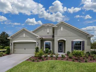 Sanctuary at Aloma by Ryland Homes