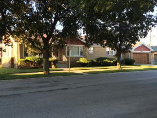 Roseland, Chicago, IL 60628