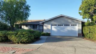 10 Hillswood Dr, Novato, CA 94947