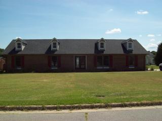 306 Hunting Ridge Rd, Roanoke Rapids, NC 27870