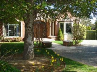 154 Bridgton Ct, Los Altos, CA 94022