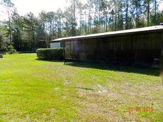 1749 Tustenuggee Ct, Bryceville, FL 32009