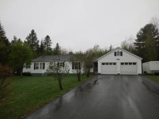 2075 Glenwood Ave, Hermon, ME 04401
