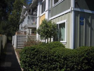 755 14th Ave #107, Santa Cruz, CA 95062