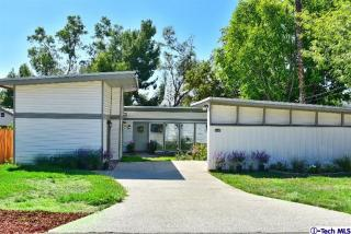 634 Houseman St, La Canada Flintridge, CA 91011