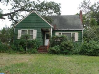 31 S Browning Ave, Somerdale, NJ 08083