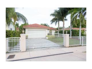 915 SW 57th Ave, West Miami, FL 33144