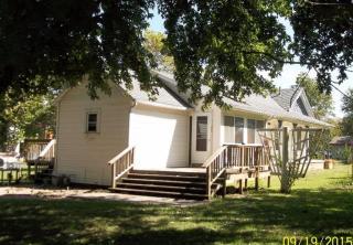 402 Elm St, McCune, KS 66753