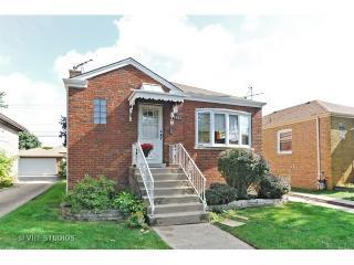 3621 Harvey Ave, Berwyn, IL 60402