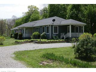 859 Plainfield Pike, Sterling CT