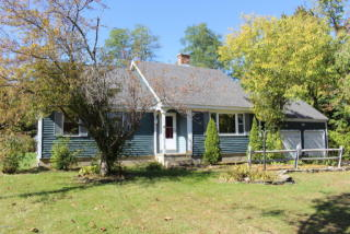 15 Stratton Rd, Williamstown, MA 01267