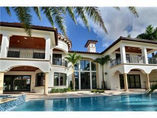 341 Royal Plaza Dr, Fort Lauderdale, FL 33301