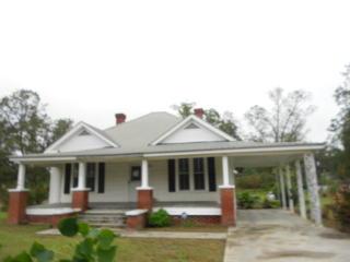 506 Railroad Ave, Broxton, GA 31519