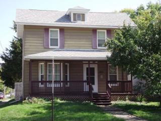 1431 Leclaire St, Davenport, IA 52803