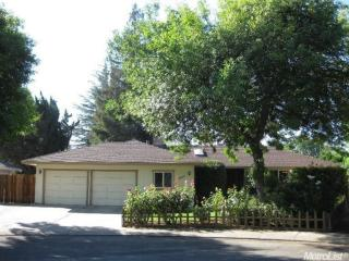 2804 Woodbridge Ct, Modesto, CA 95355