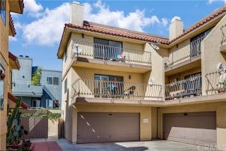 839 6th St, Hermosa Beach, CA 90254