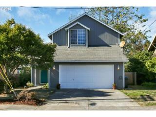 8801 SE 32nd Ave, Milwaukie, OR 97222