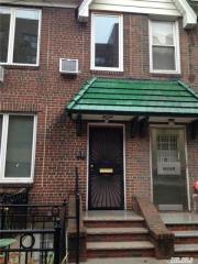 48 Willow St #2, Little Neck, NY 11363